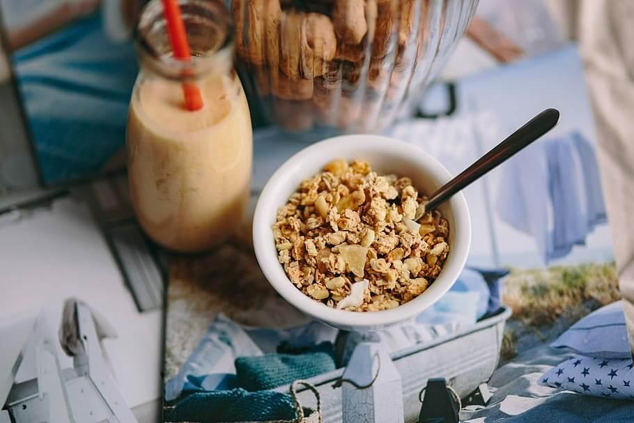 merk oatmeal untuk diet sehat
