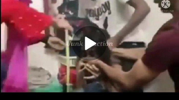 Downdload Video Viral Tiktok Botol 2021 Full Video di Sosmed